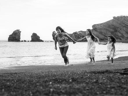 florence-clot-photographies-photographe-professionnelle-portrait-famille-plage-bonheur-nature-hérault-occitanie-france