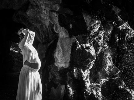 florence-clot-photographies-photographe-maternité-grossesse-femme-nature-hérault