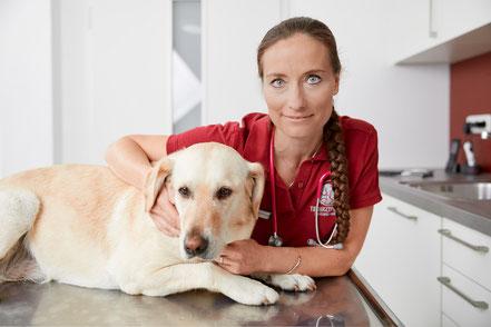 Dr. Anja Blankenburg, Tierärztin
