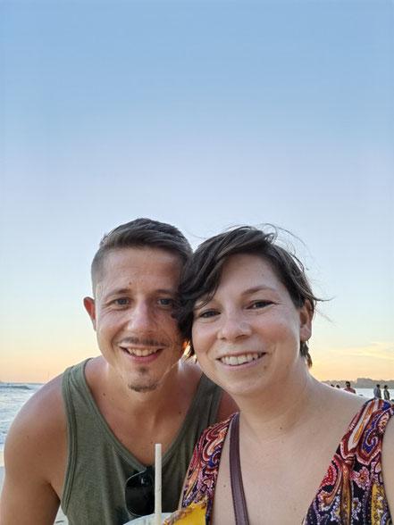 Glücklich auf Weltreise: Kuba & Evi (Foto: Evi Burkhardt)