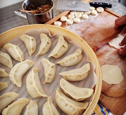 02 | Zeit für Jiaozi - Teigtaschen-Front-Cooking-Event am 06.02 anlässlich des chinesischen Neujahrsfestes.
