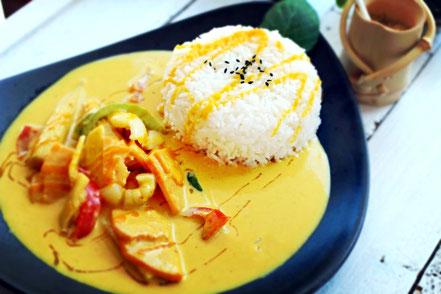 08 | Sommerliches Mango-Curry mit Babymais, Bambus, Litschis und mehr...