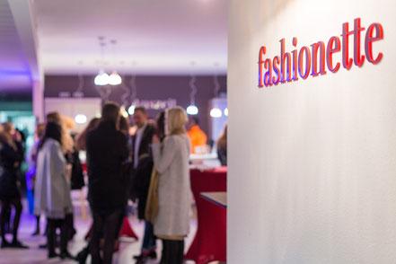 Fashionette, Gäste, Feier