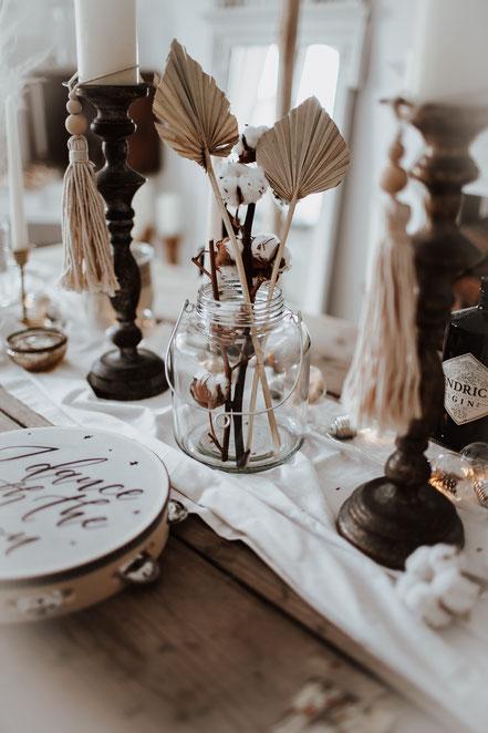 Boho Wedding Hochzeit Windlichter Dekoverleih Köln Bonn the featherette
