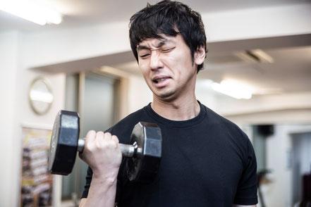 運動しているのに腰が痛い奈良県御所市の男性