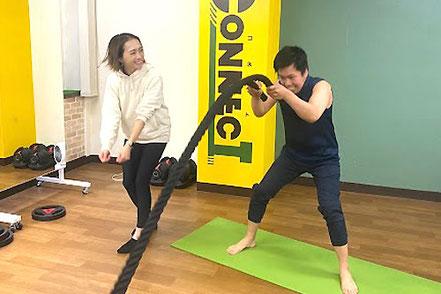 トレーナー活動する時田トレーナー。