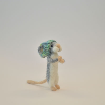 Maus aus Filz, Filzmaus, Filztiere, Tiere aus Filz, Filzmaus, Filztier, Filzmäuschen, süsse Maus Filz, Deko Herbst, Figuren aus Filz, süsse Maus, Filzen, Filzen mit der Nadel, Nadelfilzen, Frühlingsdekoration, Filzfiguren, Filz, Maus aus Filz,