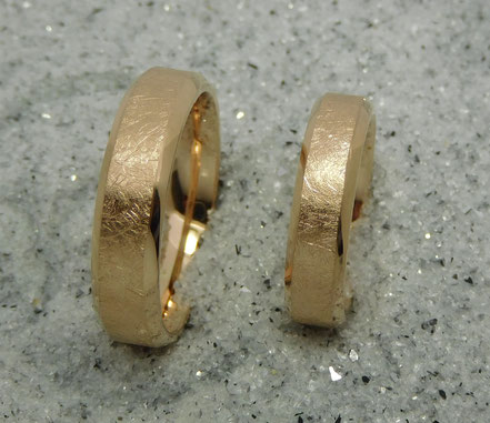 Trauringe aus 750 Rotgold
