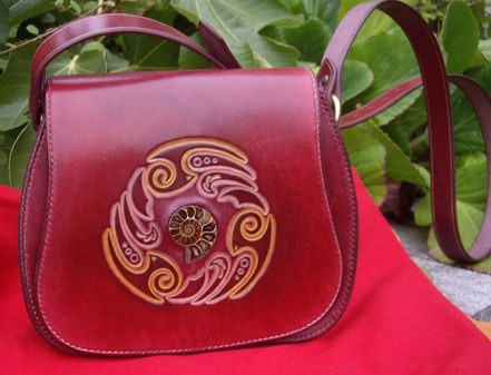 Sac celtic et ammonite