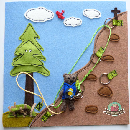 Quiet book Teddy the climber