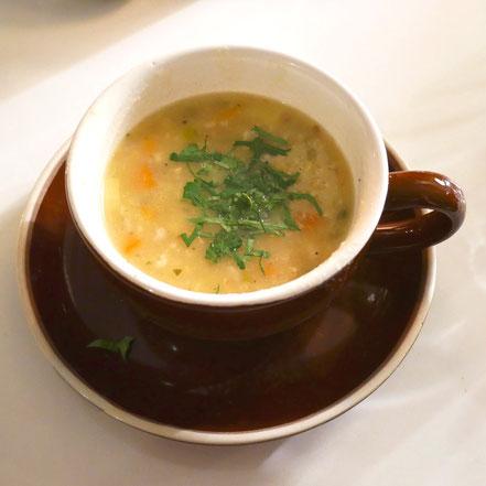 Schlaf Dinner 2. Gang: Geröstete Hafer Suppe mit Gemüse