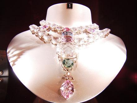 © Coster Diamonds - kunstwerk uit haar collectie in het museum