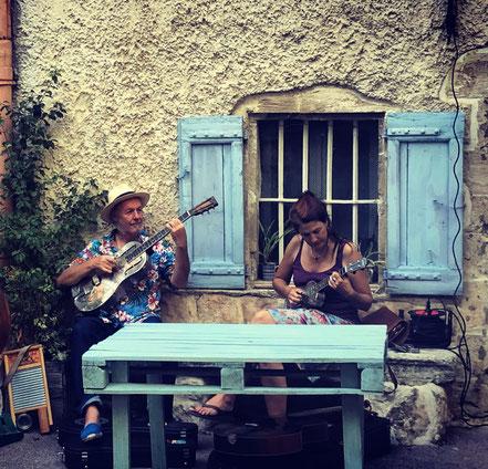 Outdoor-Sommer 2020: Die Serenaders in Villes-sur-Auzon (F)