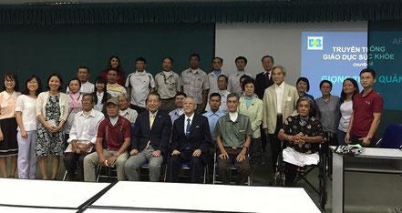 研修会終了後、廣瀬先生と会長を囲んで