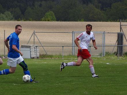 Janos Aubele (rechts) konnte die Niederlage der Reserve nicht abwenden.