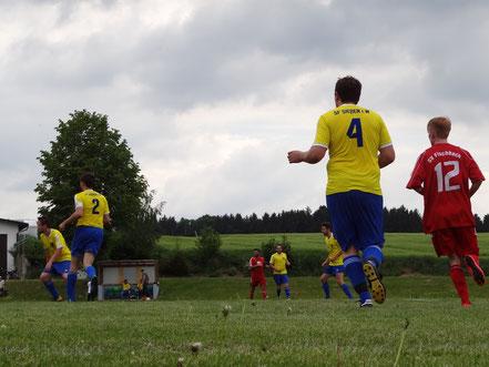 Wieder alles im grünen Bereich? Nach zuletzt vielen sieglosen Spielen gelang gegen Fischbach endlich wieder ein Sieg.