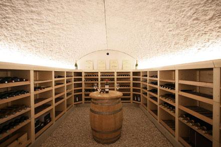 Aménagement rationnel d'une cave à vins