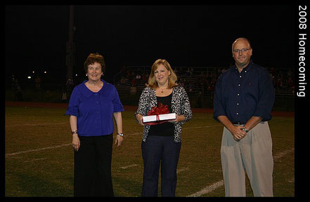 Tay was awarded the PATRIOT AWARD for service to Jackson Prep Alumni in 2008