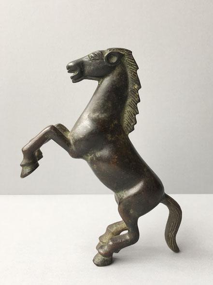 Gepatineerd bronzen paard
