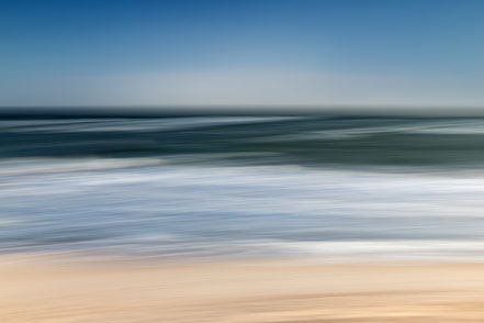 Baltic Sea, Ostsee, Fotokunst, Kunst, Art, Fotografie, photography, wall art, Streifzuege, Holger Nimtz, Streifen, strpies, dekorativ, impressionistisch, Impressionismus, abstrakt, Wandbild, malerisch, surreal, Surrealismus, verwischt,