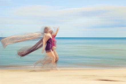 beach, beachlife, summertime, summer, vacation, abstraction, abstract, blurred, fun, freedom, ocean, baltic sea, dekorativ, Wandbild,