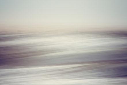 Wellengang, North Sea, Nordsee, Fotokunst, abstract, seascape, Kunst, Art, Fotografie, photography, fine art, Holger Nimtz, Streifen, strpies, dekorativ, impressionistisch, Impressionismus, abstrakt, Wandbild, malerisch, surreal, Surrealismus, verwischt,