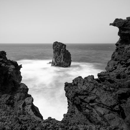 Punta de Zamora, Rock, fineart, dekorativ, wallart, El Hierro, Canary Islands, Kanarische Inseln, Kanaren, Holger Nimtz, seascape, fine art, monochrom, schwarz-weiß, Langzeitbelichtung, longexposure,