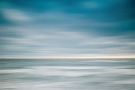 take a breath, Nordsee, Fotokunst, Kunst, Art, Fotografie, photography, wall art, Streifzuege, Holger Nimtz, Streifen, strpies, dekorativ, impressionistisch, Impressionismus, abstrakt, Wandbild, malerisch, surreal, Surrealismus, verwischt,