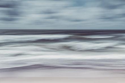 Nordsee, North Sea, waves, Streifzüge, Holger Nimtz, dekorativ, impressionistisch, Impressionismus, abstrakt, Wandbild, malerisch, surreal, Surrealismus, Urlaub, vacation, verwischt, intentional camera movement, ICM, Inspiration,