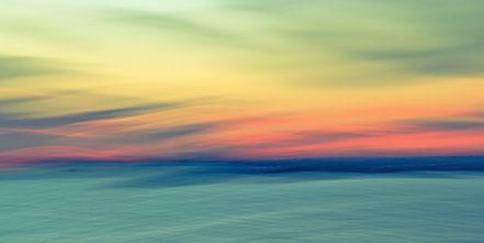 Bosporus, Istanbul, Fotokunst, Kunst, Art, Fotografie, photography, wall art, Streifzuege, Holger Nimtz, Streifen, strpies, dekorativ, impressionistisch, Impressionismus, abstrakt, Wandbild, malerisch, surreal, Surrealismus, verwischt,