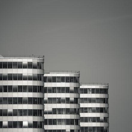 Trias Tower, Berlin, Architecture, monochrome, schwarz-weiß, Holger Nimtz, BVG,