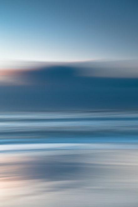 Nordsee, Fotokunst, Kunst, Art, Fotografie, photography, wall art, moody, sunset, Streifzuege, Holger Nimtz, Streifen, strpies, dekorativ, impressionistisch, Impressionismus, abstrakt, Wandbild, malerisch, surreal, Surrealismus, verwischt,