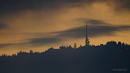 Der Pfänder Sender auf dem Berggrat