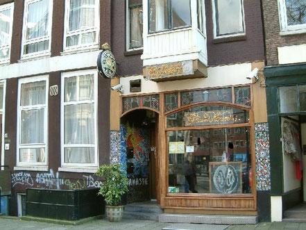 coffee shop greenhouse namaste amsterdam exterieur