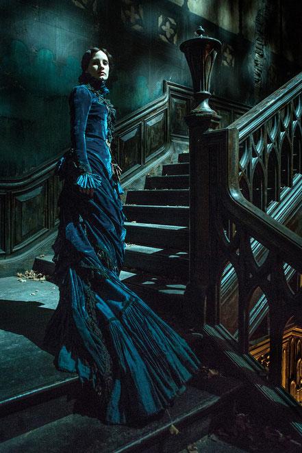 Guillermo Del Toro Crimson Peak Blu-ray DVD - Jessica Chastain - Universal - kulturmaterial - Fan Artikel Gewinnspiel.jpg