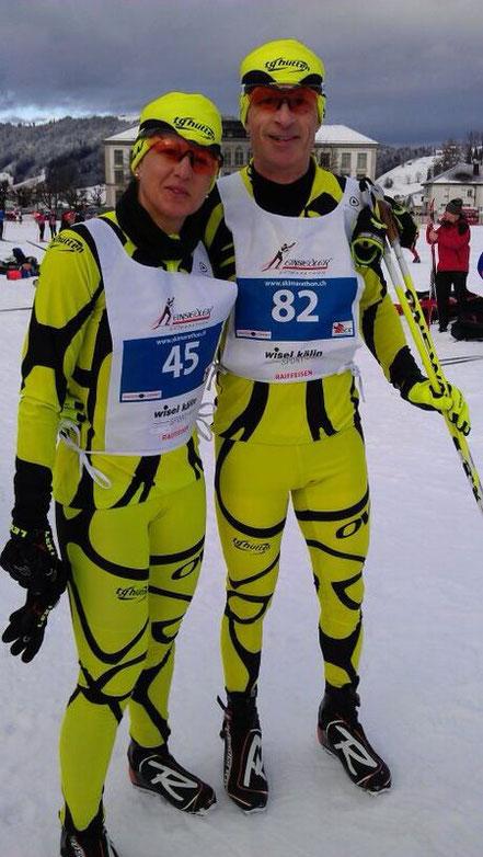 Die beiden Athleten Walter Höhn und Christine Staub im Ziel.