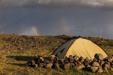Unser Zelt unterm doppelten Regenbogen