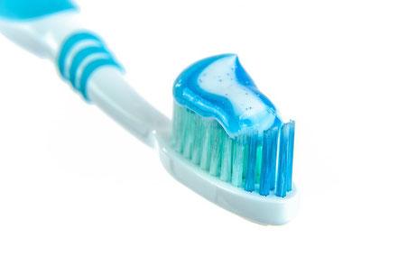 Stressfrei ankommen und Zähne direkt in der Praxis putzen