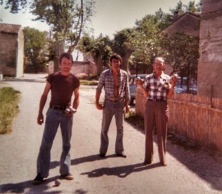 La famille Pellarin à la pétanque (vers 1980)