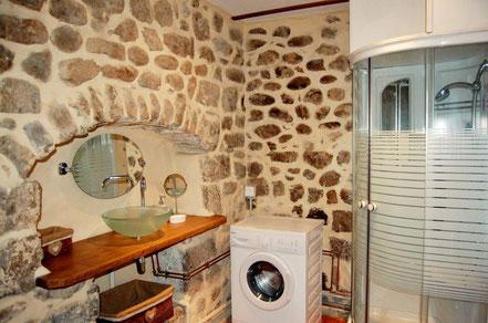 salle de bains gite ruoms