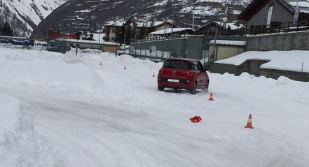 Corsi di guida sicura fdkm su neve e ghiaccio