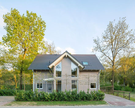 Wonderful 4 bedroom family home - manufactured in Germany