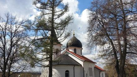 Храм Святой Троицы. Построен по проекту В.Д.Поленова