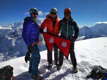 Gipfelerfolg Ama Dablam, Lobuche East, Ama Dablam Expedition