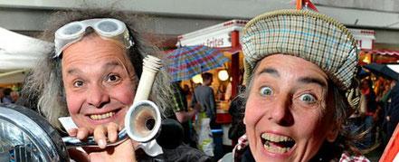 Duo Einfach Riesig - Jacues et Omelette - Die Reise zum Südpol - clowneskes Straßentheater über das Scheitern