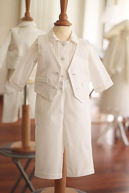 Pantalon baptême bébé garçon coton blanc. Tenue baptême bébé garçon Oscar, Fil de Légende. Magasin vêtements baptême Paris, Neuilly-sur-Seine.