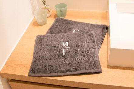 Handtuch mit Ihrem Namen Monogramm personalisiert