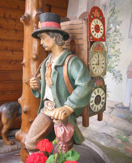 MAG Lifestyle Magazin Reisen Urlaub Deutschland Schwarzwald Kuckucksuhren Kuckucksuhr Bauernstube Jagdzimmer