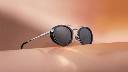 MAG Lifestyle Magazin online Mode Brillen Trends 2020 Omega OMEGA moderner Unisex Look im Retro-Design