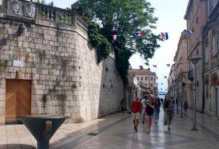 MAG Lifestyle Magazin Urlaub Reisen Kroatien Split Hafenstadt Dalmatien Altstadt Diokletian Palast Diokletianpalast Einkaufsstrassen Shopping